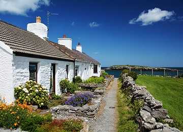 Moelfre cottages by the coast