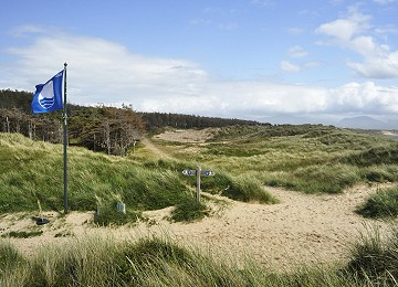 Newborough beach blue flag award